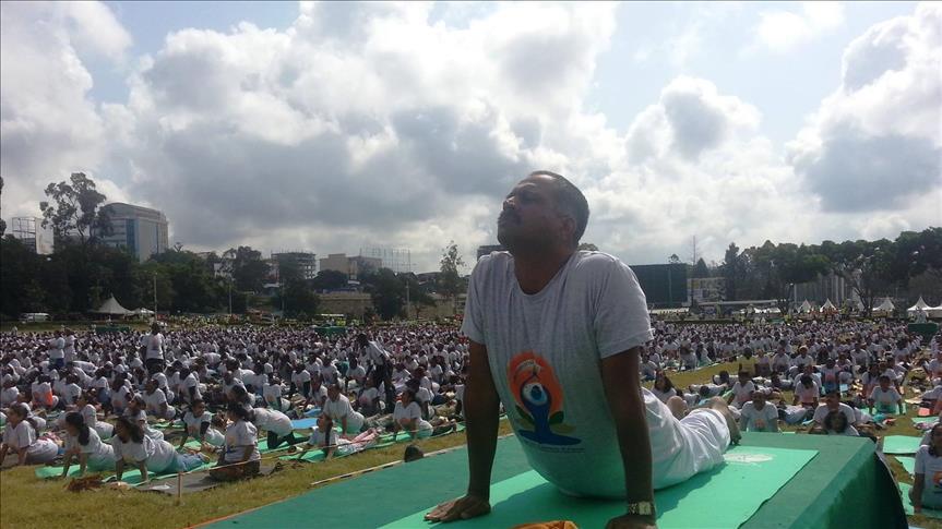 Yoga in Kenya 1a