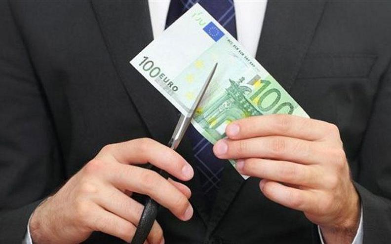 Cuting 100 euro note 1a LLLL