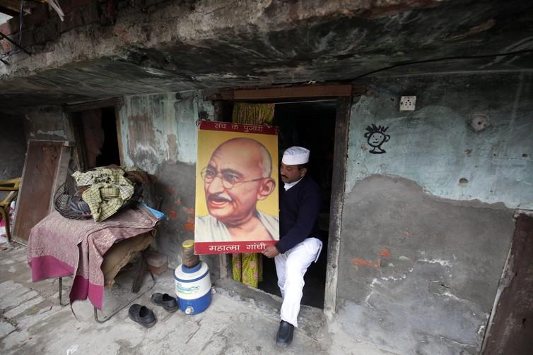 Gandhi - The Conversation