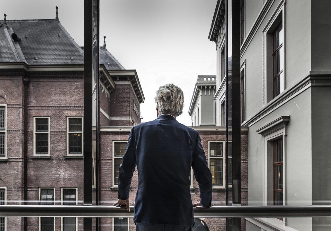 Nederland, Den Haag, 19-05-16. Foto Roger Dohmen Geert Wilders (Venlo, 6 september 1963) is een Nederlands politicus. Hij is partijleider van de Partij voor de Vrijheid (PVV) en namens deze partij fractieleider in de Tweede Kamer. Gefotografeerd in het gebouw van de 2e Kamer. Foto Roger Dohmen / Hollandse Hoogte