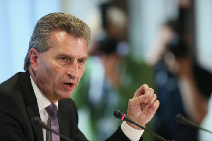 Günther Oettinger 1a Sean Gallup Getty Images