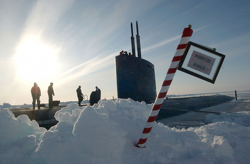 North Pole 3c US Navy photo by Chief Journalist Kevin Elliott