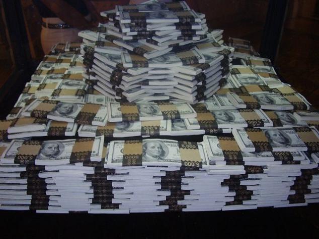 Dollars 2b US