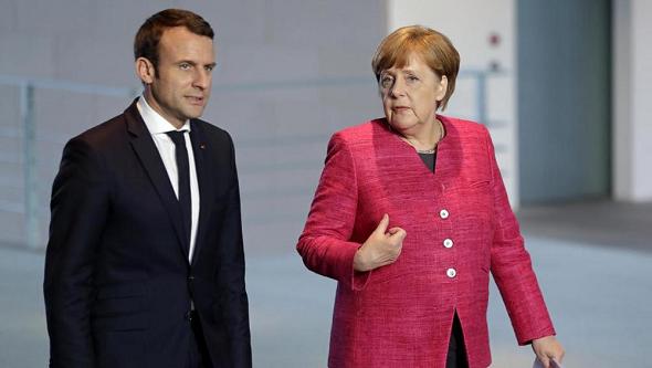 Macron Merkel 1a AP LLLL