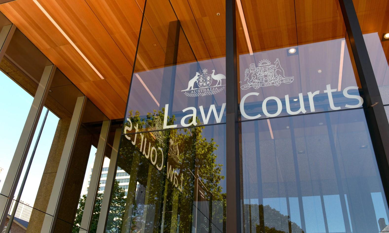 Law Courts 1a AU LLLL