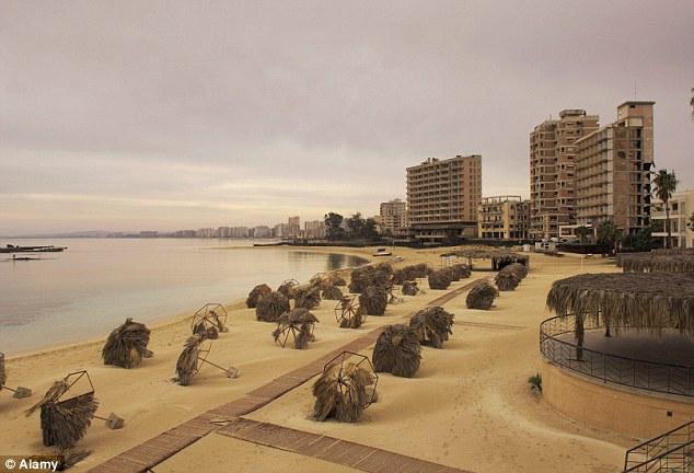 Famagusta beach 2b