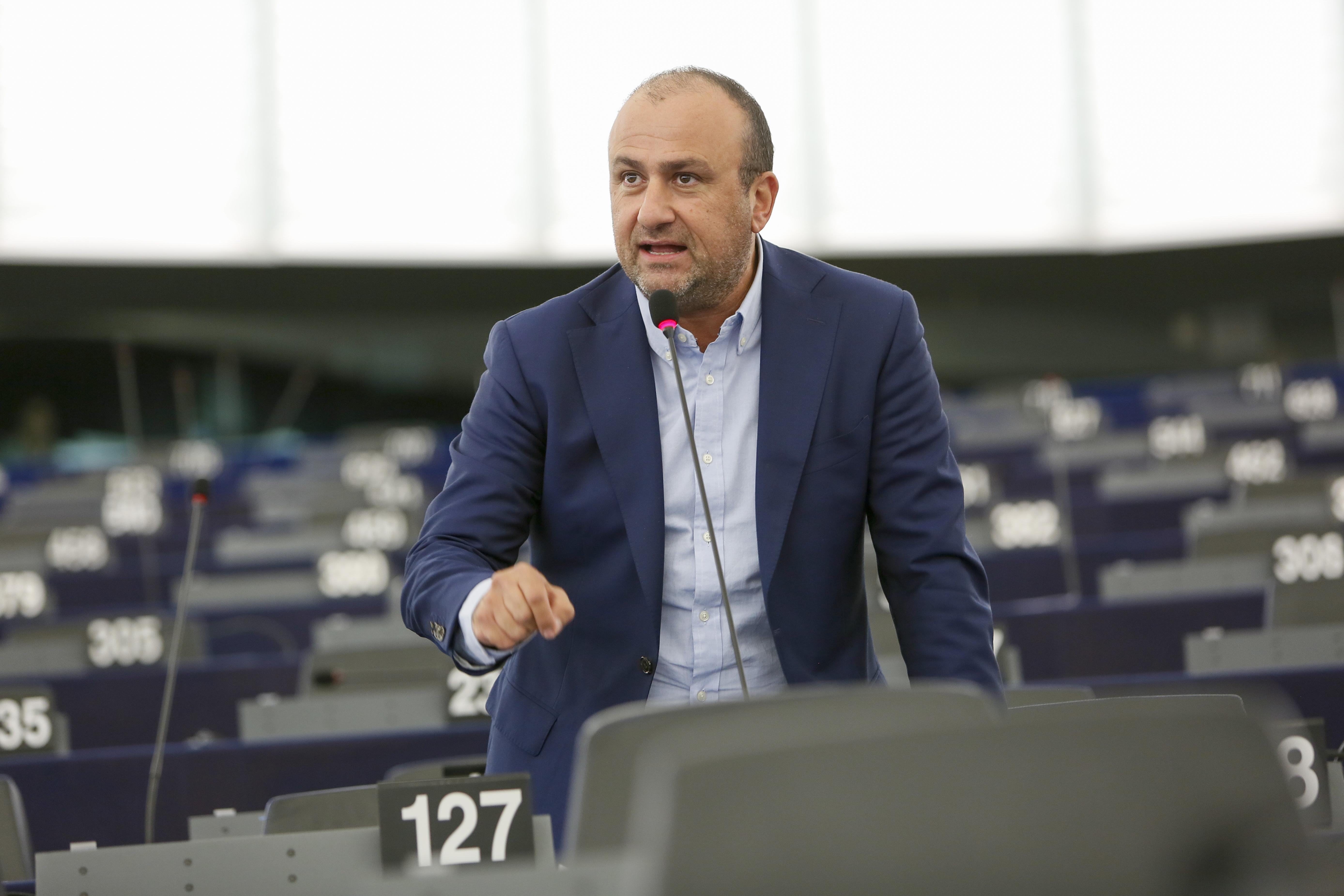 Demetris PAPADAKIS in plenary session week 40 2016 in Strasbourg