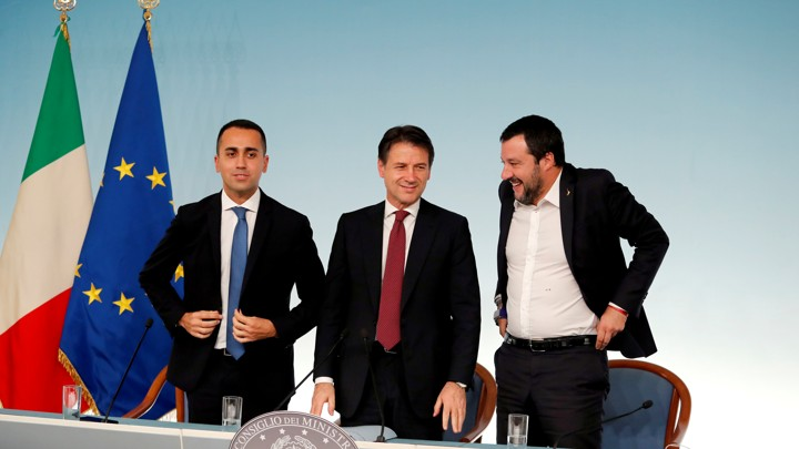 Italy's Minister of Labor and Industry Luigi Di Maio, Prime Minister Giuseppe Conte and Interior Minister Matteo Salvini leave at the end of a news conference after a cabinet meeting at Chigi Palace in Rome, Italy, October 20 2018. REUTERS/Remo Casilli - RC11E9579C30