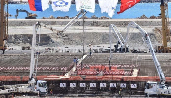 A view of the construction site of Turkey's first nuclear power plant 'Akkuyu', pictured during the opening ceremony in the Mediterranean Mersin region on April 3, 2018. - Turkish President Recep Tayyip Erdogan and Russian counterpart Vladimir Putin launched the construction of the $20 billion dollar Akkuyu nuclear power plant though a video link from Ankara where Putin is on an official visit. (Photo by Ibrahim MESE / DOGAN NEWS AGENCY / AFP) / Turkey OUT