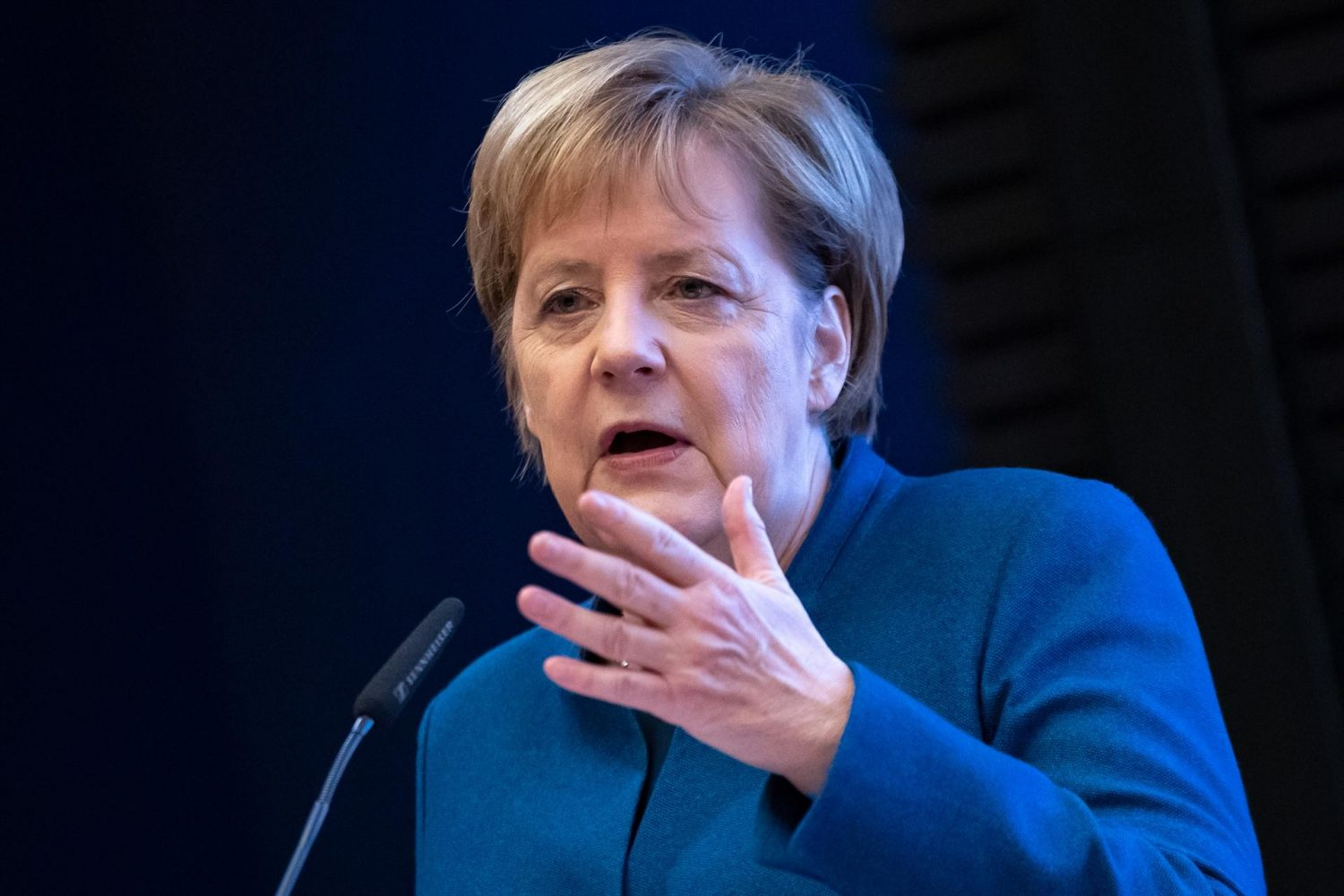 Photo of Merkel warns 'no military solution' to Ukraine conflict