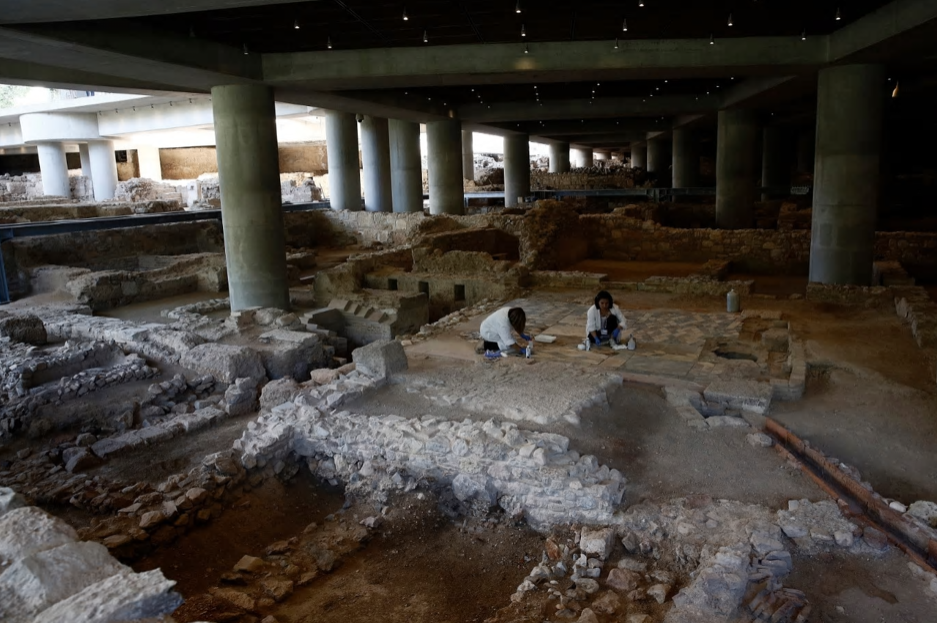 Photo of Acropolis Museum opens ancient Athens neighbourhood site below its base