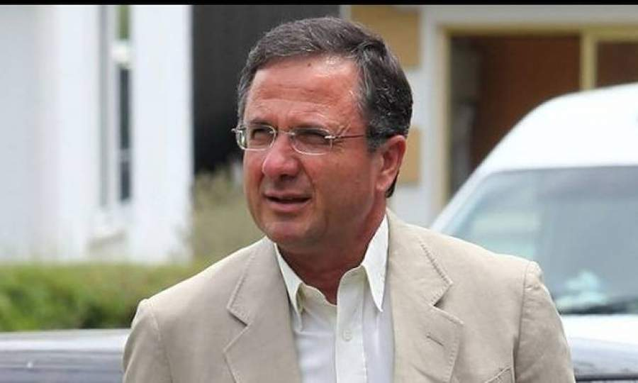 Photo of Γ. Περδίκης: «Να τεθεί και θέμα ηγεσίας», λέει και κοιτάζει την έξοδο