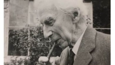 Photo of Bertrand Russell's home recordings discovered