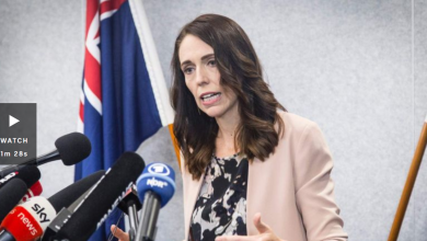 Photo of Jacinda Ardern reveals 'unprecedented' travel restrictions to combat coronavirus, all travellers to New Zealand to self-isolate