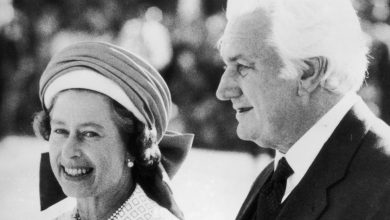 Photo of Palace letters: Australian high court allows release of Queen's secret correspondence before Whitlam dismissal