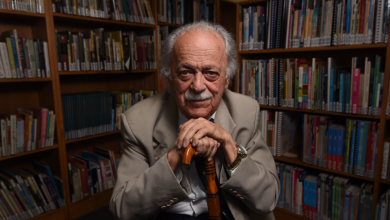 Photo of Human rights advocate George Bizos has died