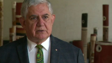 Photo of Commonwealth vows to stamp out fake Aboriginal art made in 'sweatshops'