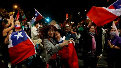Photo of Celebrations as Chile votes by huge majority to scrap Pinochet-era constitution