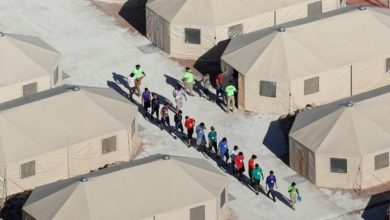 Photo of US-Mexico border: Bid to reunite migrant families 'finds 121 more separated children'