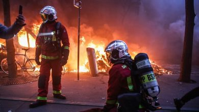 Photo of Violence erupts in Paris in second weekend of protests over controversial new security law