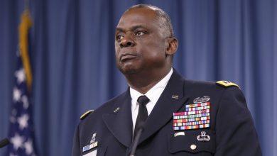 Photo of Biden picks retired general Lloyd Austin to run Pentagon